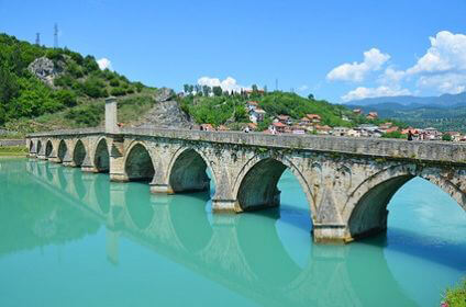 Make the most of your time in Bosnia and Herzegovina with a great value car rental with Sixt