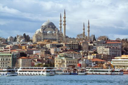 Explore the capital city of Istanbul with your Sixt car hire Turkey